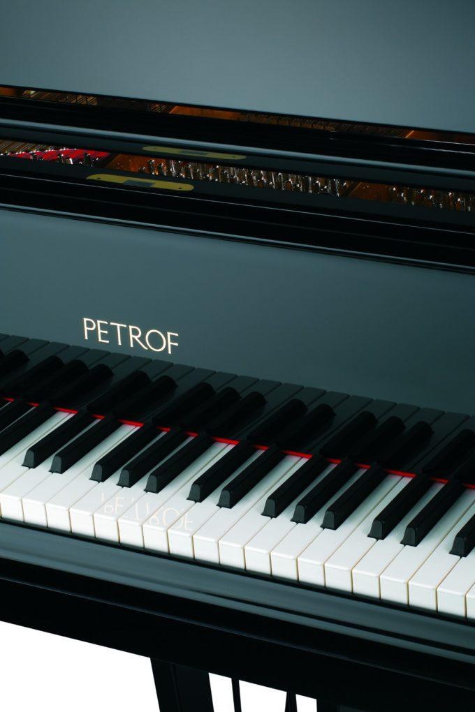 Рояль Petrof P 284 Mistral